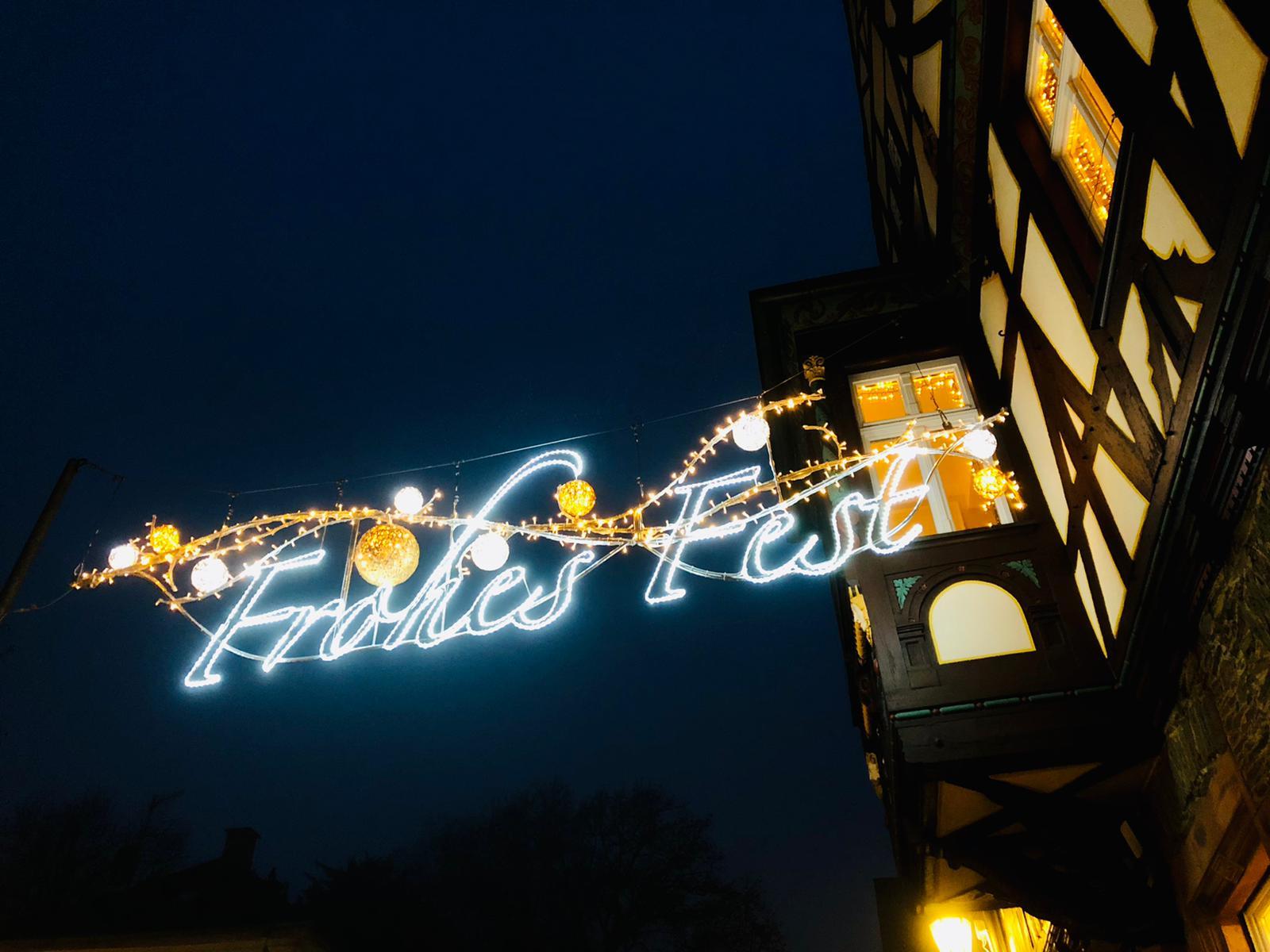 Die neue Braunfelser Weihachtsbeleuchtung begrüßt die Gäste der Altstadt (c) Braunfelser Kur GmbH